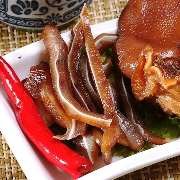 【阿囉哈滷味】 豬耳朵5包(每包80g)(含運)