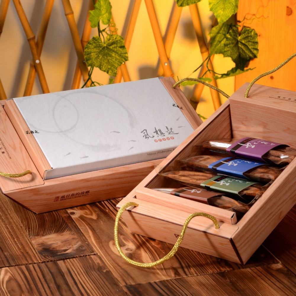 【彌陀區漁會】思慕‧魚魚干禮盒3盒(每盒360g)(含運)